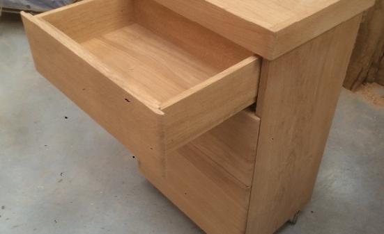 Création de meubles et mobilier massifs à Bourg Achard (27)