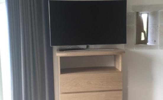 Création de meubles de télévision