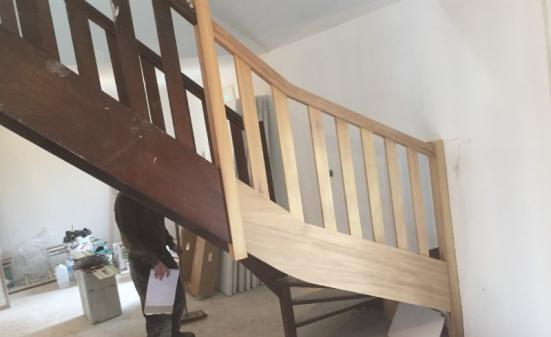 Restauration d'un escalier suite à un sinistre