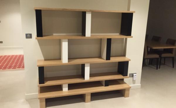 Création d'un meuble contemporain