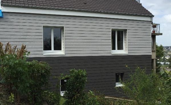 Réalisation d'une isolation par l'extérieur en Ossature Bois  finition Bardage à Rouen (76)
