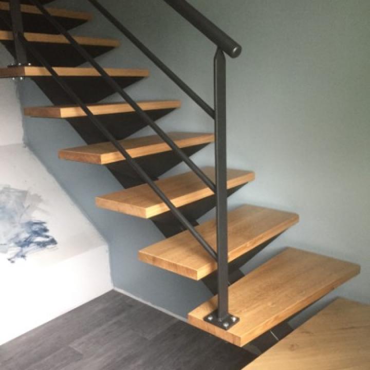 Fabrication et pose d'escalier en bois et en métal